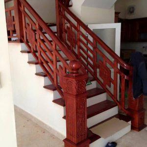 Cầu thang gỗ hiện đại nội thất vương gia