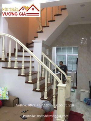 Cầu thang gỗ nội thất vương gia
