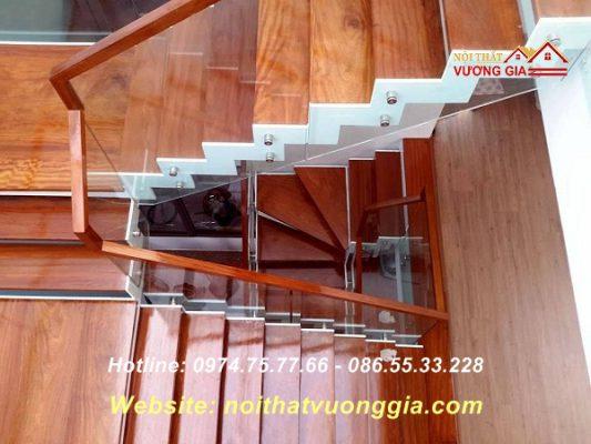 Mặt bậc gỗ cầu thang - nội thất vương gia