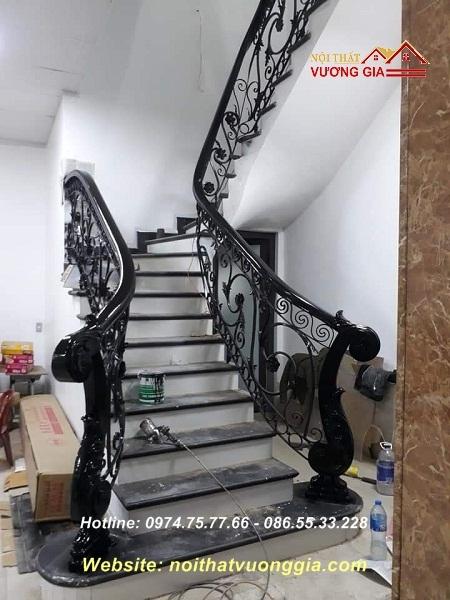 cầu thang sắt nghệ thuật cao cấpội thất vương gia
