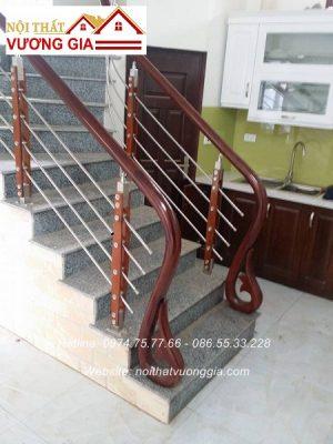 cầu thang inox tay vịn gỗ nội thất vương gia