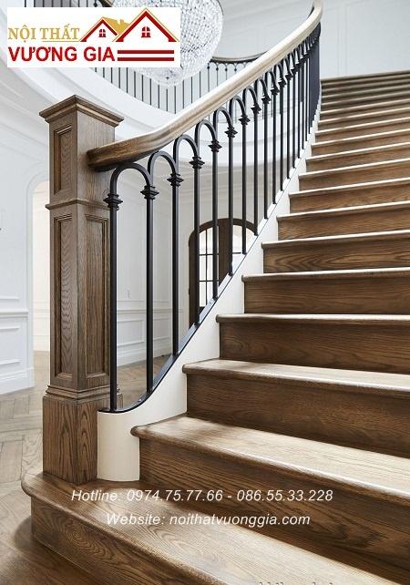 Cầu thang sắt tinh tế nội thất vương gia