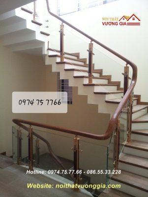 Cầu thang kính cường lực tại Thường Tín Hà Nội