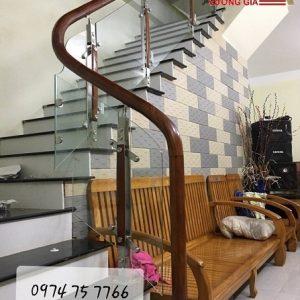 Cầu thang kính cường lực tại Thanh Oai Hà Nội