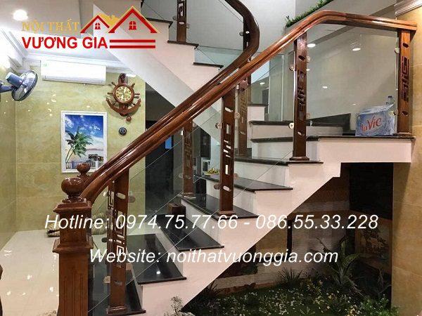 Cầu thang kính cường lực tại Phong Châu Phú Thọ