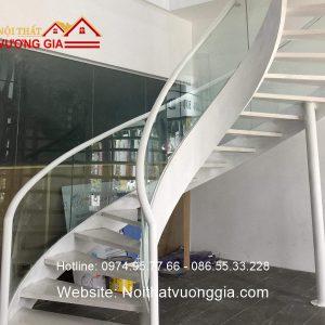 Cầu thang xương cá tại Lạng Sơn